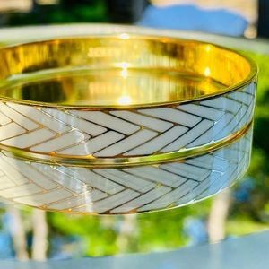 White and Gold Arrow Bangle